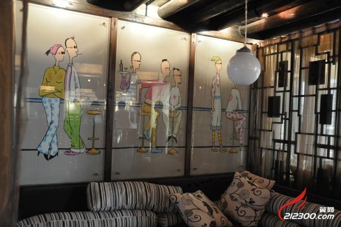 墙体彩绘 商业信息广场 212300.com -[餐饮娱乐]