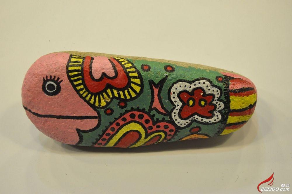 童画今天美术培训基地(创意空间)——巧手教师手绘石头画