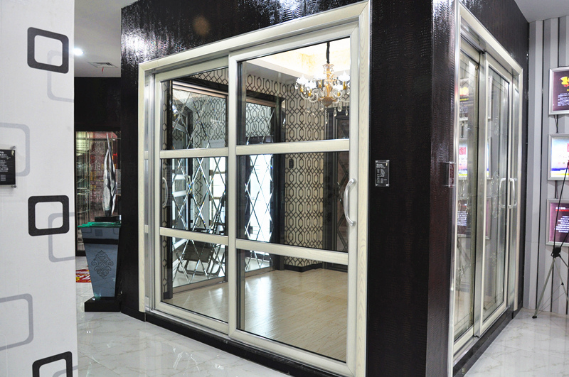 介仁玻璃移门:打造中国家装艺术玻璃及移门优质品牌!