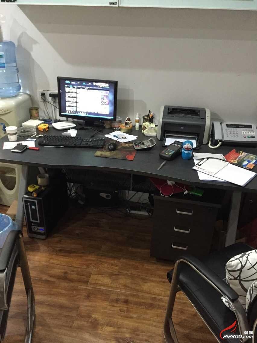 终于可以转让沙发,办公桌了,需要的联系我